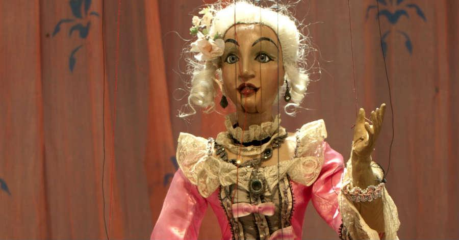 L'imperitura, seducente magia delle marionette.