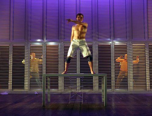 """Al teatro dei Filodrammatici in scena """"Abramo"""", il sacrificio di Isacco in salsa pop"""