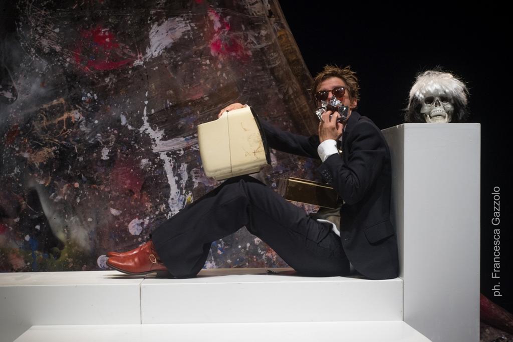"""Andy Warhol Superstar"" a Pietrasanta"