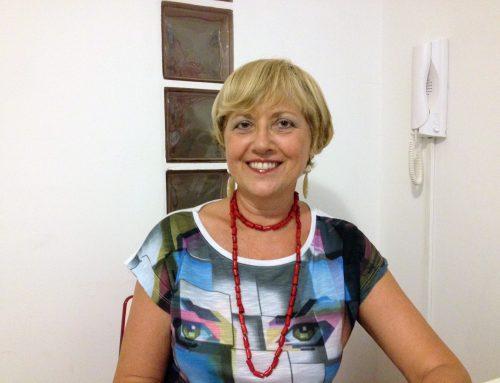 """Angela Matassa, il teatro tra le pagineParte """"Giovedì in Giostra – Incontro col libro"""""""