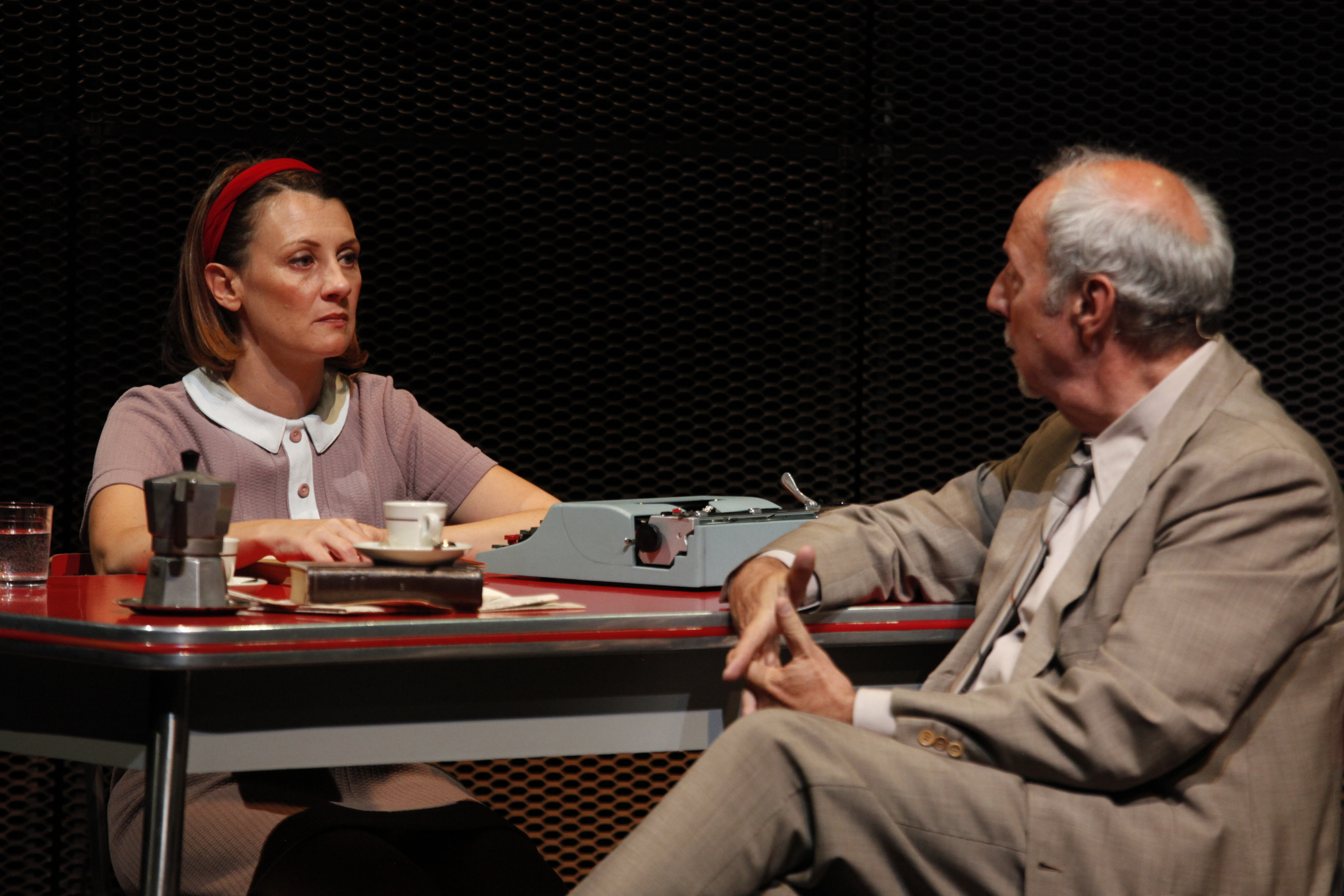 """Al Teatro Astra di Torino in scena """"Avevo un bel pallone rosso"""""""