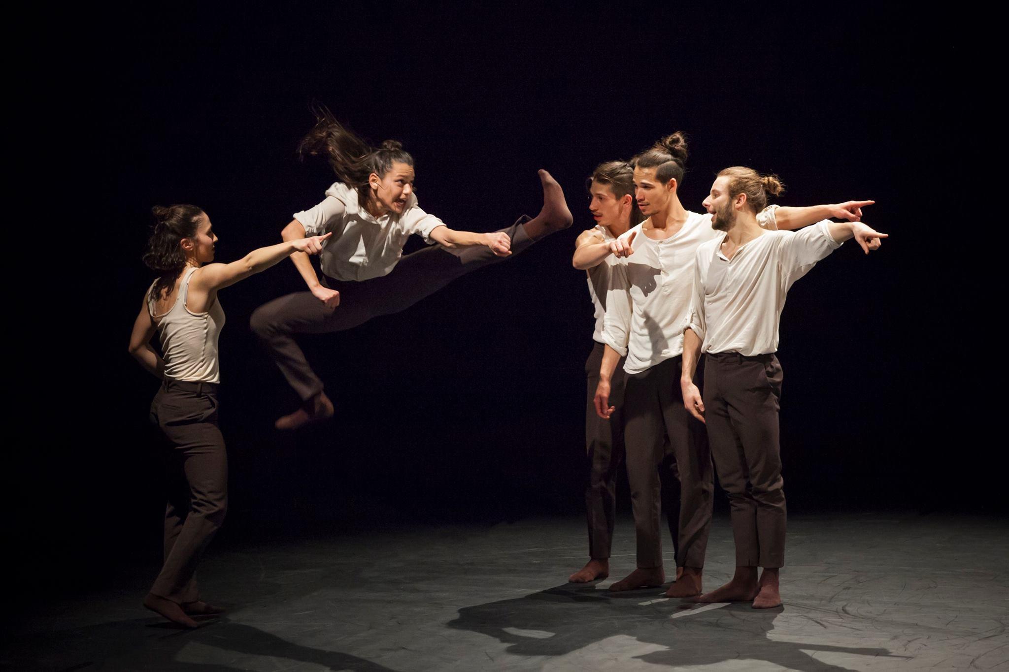 "Performance contemporanea ""4John"""