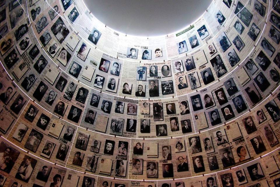 Una originale lezione multimediale di storia del Novecento