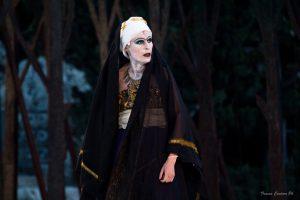 L'attrice Imma Villa nel ruolo di Fedra